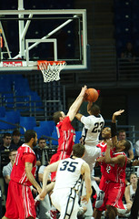 Frazier Layup (acaben) Tags: basketball pennstate layup collegebasketball ncaabasketball psubasketball timfrazier pennstatebasketball billyoliver
