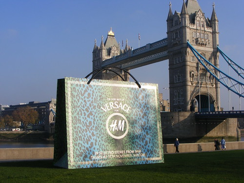 Giant Versace bag in Potters Fields Park