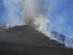 Escalation: Etna, 15 November 2011 (etnaboris) Tags: italy volcano lava gas sicily etna eruption volcanicash lavaflow 2011 paroxysm lavafountain newsoutheastcrater