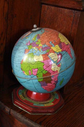 Seasons Globe