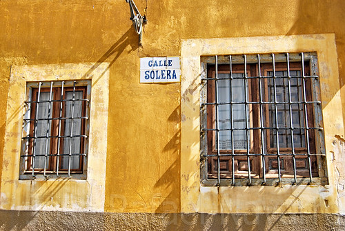 Una calle con solera