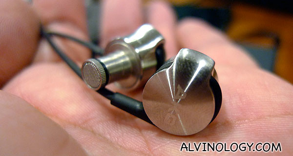 The AKG K3003 in my palm