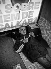 (Dave_B_) Tags: poverty barcelona street city urban man subway spain europe downtown metro bcn streetphotography iphone socialproblems