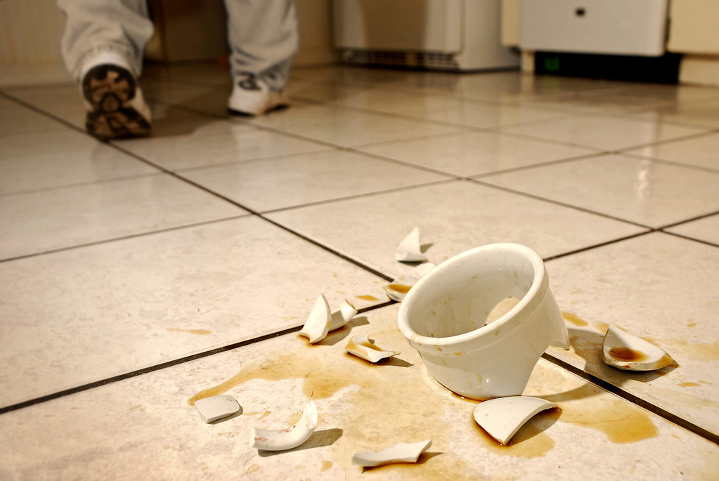 The World's Best Photos Of Cup And Shattered