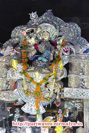 Maa Sunya Gosani :: Durga Puja at Puri
