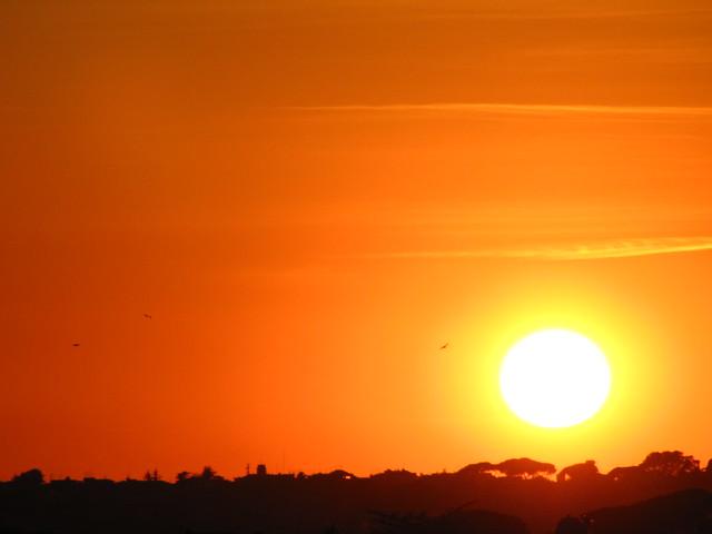a round sun