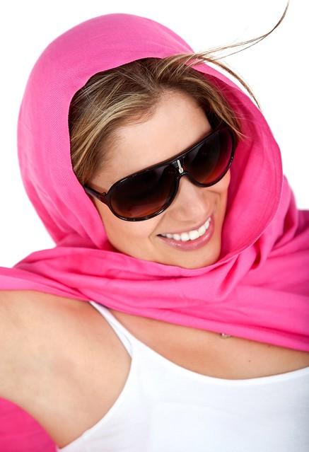 WearShortScarfAsHeadGear