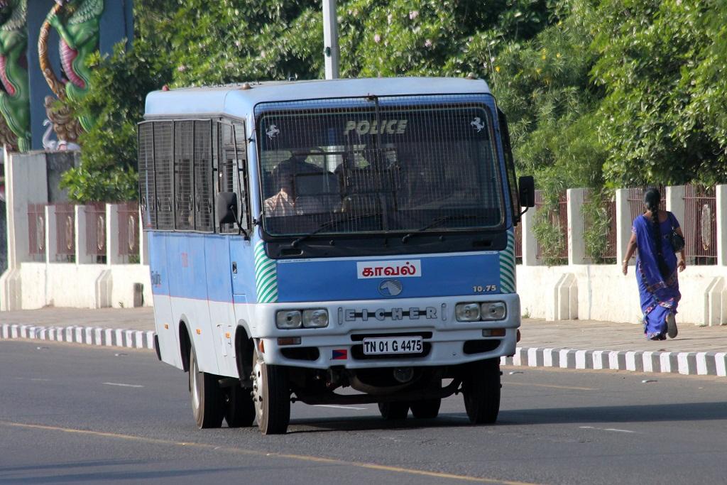 Chennai police van