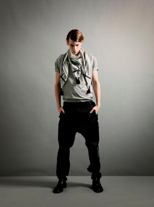 Lewis Grant3049_SS12 Tokyo THE RERACS(Fashion Press)