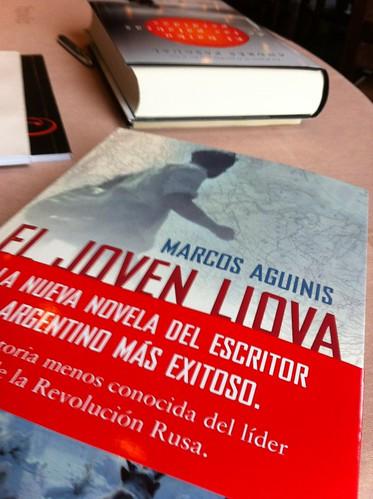 Portada de El Joven Liova de Marcos Aguinis by LaVisitaComunicacion