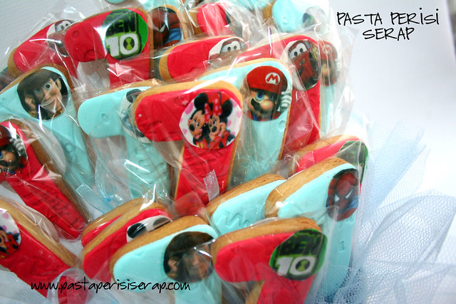 Mario-spiderman-cars-ben 10 -Toys3-mickey mouseCOOKİE - EFE