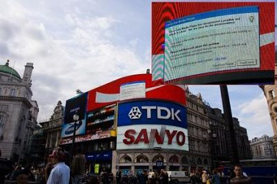 blue-screen-of-death-london-piccadilly