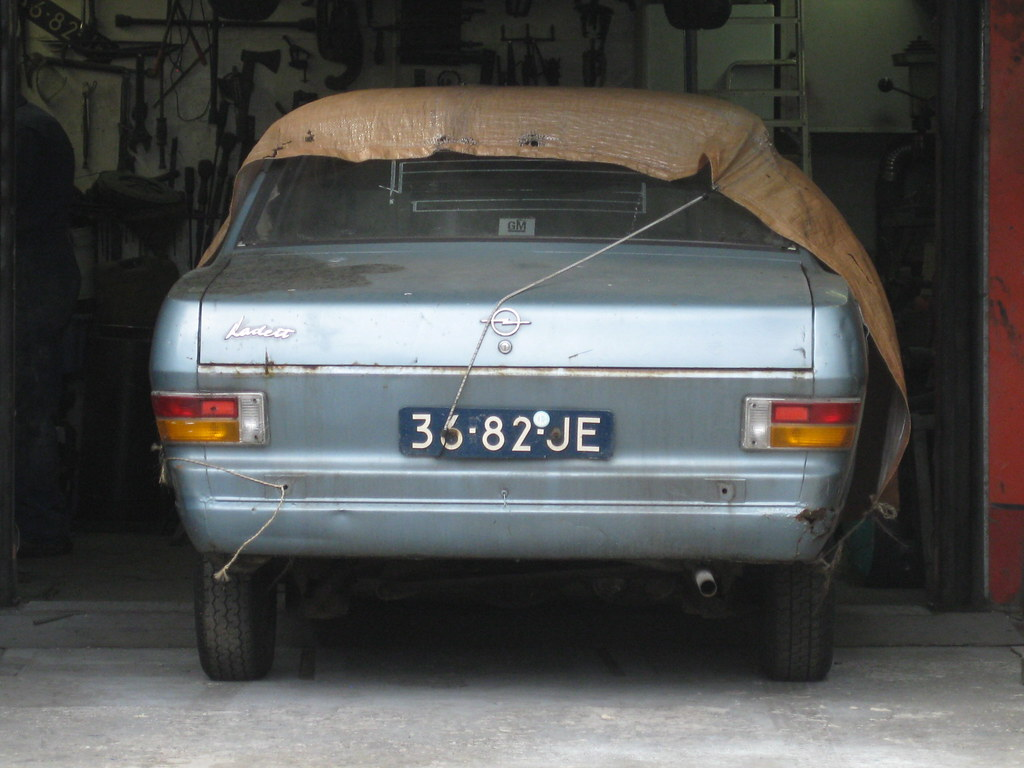 The world 39 s best photos of opel and restauration flickr for Garage opel paris 12