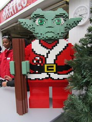 Santa Yoda made of Lego