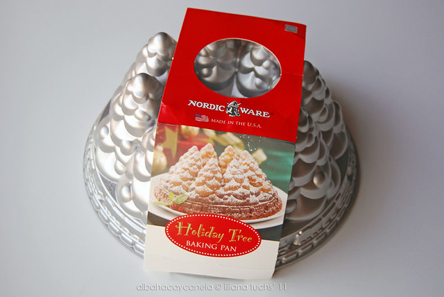 Nordic Ware Holiday Tree Pan