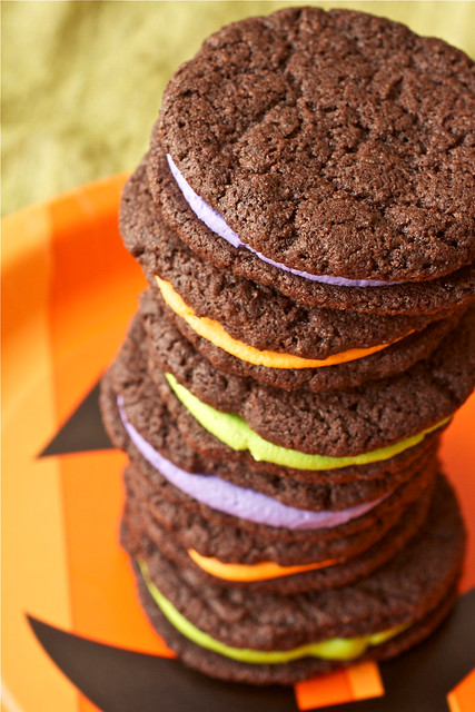 Homemade Halloween Oreo Cookies