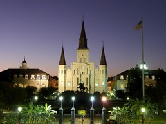 St. Louis Cathedral, New Orleans - Cathdrale Saint-Louis, Roi de France, Nouvelle-Orlans - Catedral de San Luis, Nueva Orleans (Sir Francis Canker Photography ) Tags: sunset usa tourism architecture america mississippi square beads twilight louisiana cathedral dusk basilica neworleans stlouis catedral jazz landmark icon banana tourist jackson southern frenchquarter natchez jacksonsquare nola bourbonstreet crescentcity cabildo bigeasy lucena vieuxcarre crescentcityconnection nuevaorleans arenzano nouvelleorleans presbytere catedrale tz10 zs7 pacocabezalopez sirfranciscankerphotography
