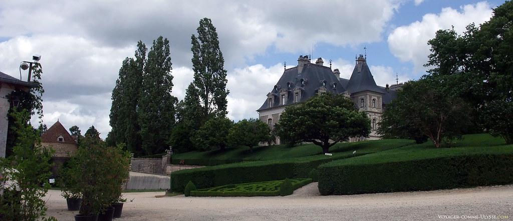 Le jardin à la française du château