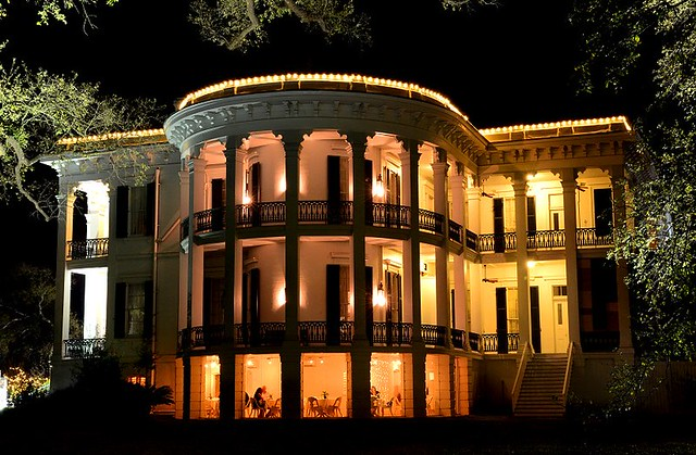 Nottoway Plantation at Night, Photo via Nottoway Plantation Resort