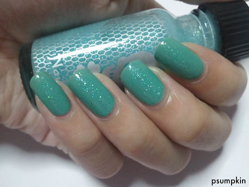 OPI Mermaid's Tears with Hot Topic Glow in the Dark 2