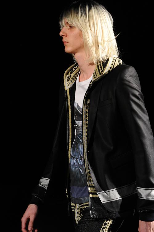 SS12 Tokyo yoshio kubo013_Louis de Castro(Fashion Press)