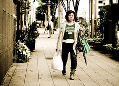 When the world turns olive around you, you learn to adapt (KittyKaht) Tags: people green tokyo olive tsukiji tones