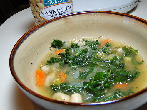 Cannellini Bean and Kale Soup