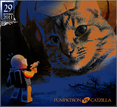 October 29: PUMPKTRON vs. CATZILLA (Morgan190) Tags: blue startrek orange classic halloween cat scary october feline zoey paint advent calendar lego space painted creepy data spaceman meow minifig minifigs custom raygun m19 minifigure 2011 brickarms morgan19 odetospot morgan190 pewm iwantchicken pumpktron iwantliver meowmixmeowmix pleasedeliver