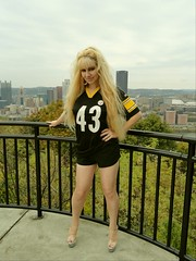 Pittsburgh Steelers girl 1 (I*Am*The*Great*Moon*Goddess*) Tags: pittsburgh beth troy luna steelers 43