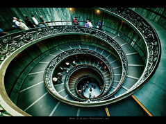 Vatican Museum Staircase (Lee Carus) Tags: people italy vatican rome museum spiral momo stair sony steps staircase alpha giuseppe a900