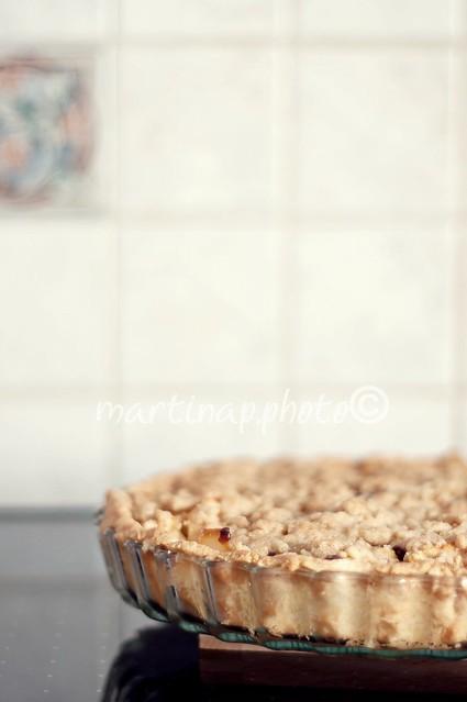 Torta crumble di mele e pere