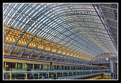 Estacin de St.Pancras (jemonbe) Tags: london tren londres victoriano stpancras estacin vanguardia alastairlansley mygearandme mygearandmepremium dblringexcellence tplringexcellence artistoftheyearlevel2 estacindestpancras