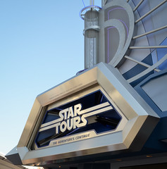 Star Tours (scuba_dooba) Tags: california ca fiction usa america star disneyland united science resort robots scifi fi wars states anaheim tours sci