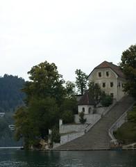 Pilgrims Stairs (Joko-Facile) Tags: lake building island see insel slovenia bled slowenien gebude
