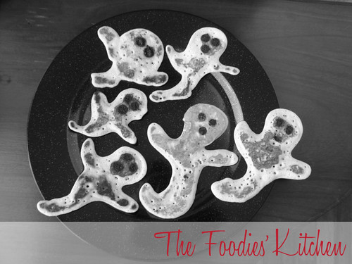 Halloween Ghostly Pancakes