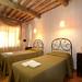farmhouse_in_tuscany