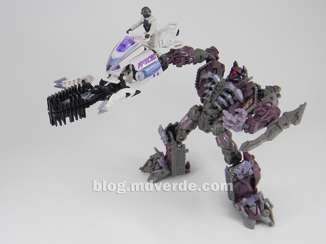 Transformers Icepick DotM Human Alliance - modo arma MechTech con Shockwave
