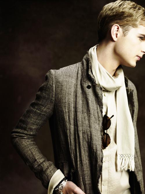 Jesper Larsson0150_GalaabenD SS12 Lookbook(Fashion Press)