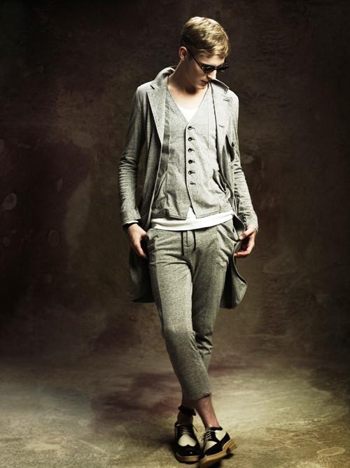 Jesper Larsson0164_GalaabenD SS12 Lookbook(Fashion Press)