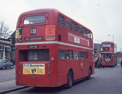 London Transport . FRM1 KGY4D ( rear view )  . West Croydon Bus Station . March-1971 . (AndrewHA's) Tags: bus back rear routemaster parkroyal londonbus londontransport aec westcroydon frm1 roundshaw route233 kgy4d