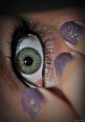 you scared? (anaseidel) Tags: green eye girl nikon purple bokeh olhos menina verdes unhas d5000
