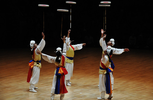 Korean Traditional Dance Troupe Spinning Disks