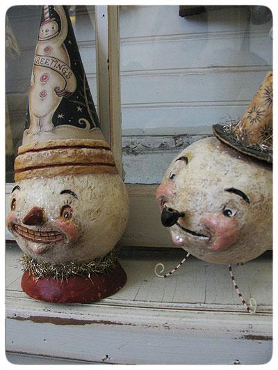 Snowmen-pair