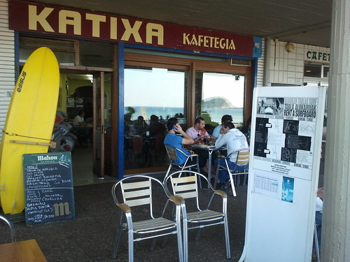 Zarautz | Katixa Surf Bar | Exterior