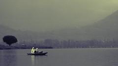 Dal Lake (Prabhu B Doss) Tags: school girls india lake kids nikon dal kashmir gals prabhu shikara 70300 travelphotography jammuandkashmir 2011 bikeexpedition shikhara incredibleindia d80 prabhub prabhubdoss zerommphotography 0mmphotography