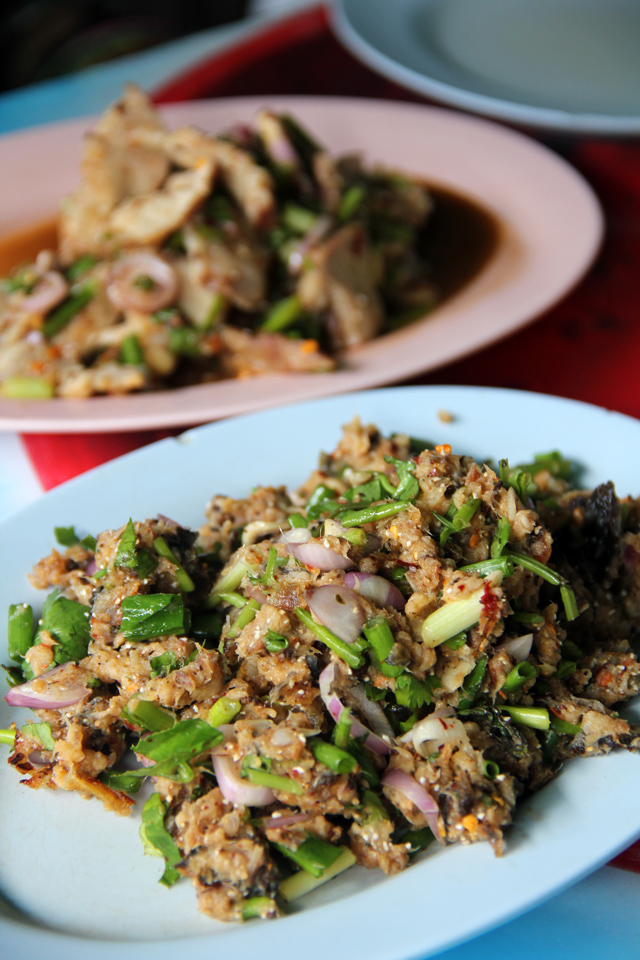 6328139851 3d4a9c7027 o Authentic (and Fiery Hot) Isaan Food: Lan Larb Ubon Restaurant