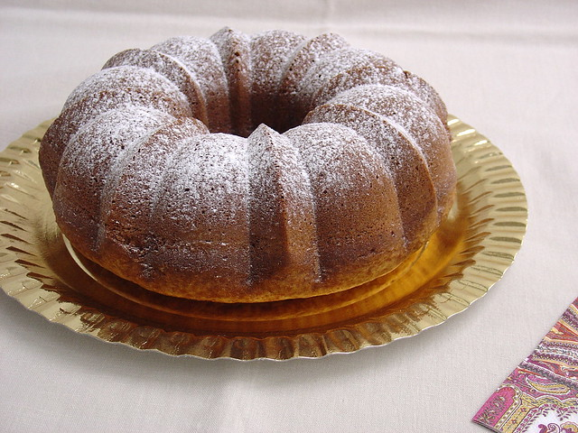 Lemon Yogur Bundt Cake