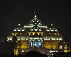 Akshrdham at Night (Raji Vathyam) Tags: india beauty architecture night canon temple lights glow god delhi religion kitlens lord huge hindu magnificent newdelhi akshardham