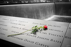 9/11 Memorial (gawel.fr) Tags: newyork rose memorial 911