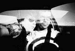 ... (la.churri) Tags: viaje lca iso400 bn coche javi analgico 2011 rolleiretro dobleexpo lachurri autochurri